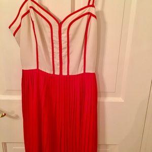 Dresses & Skirts - Orange/white dress